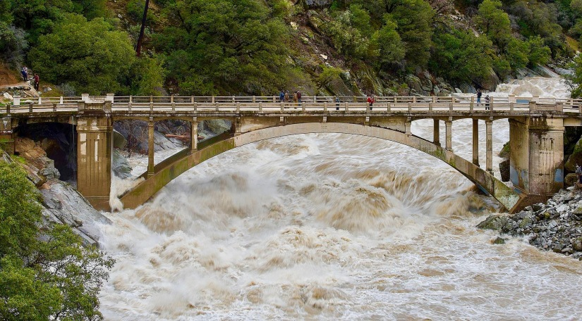 Flood_under_the_Old_Route_49_bridge_crossing_over_the_South_Yuba_River_in_Nevada_City,_California